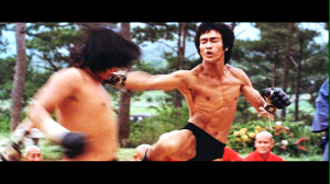 "Bruce Lee ""intercepting"" Sammo Hung in Enter The Dragon"